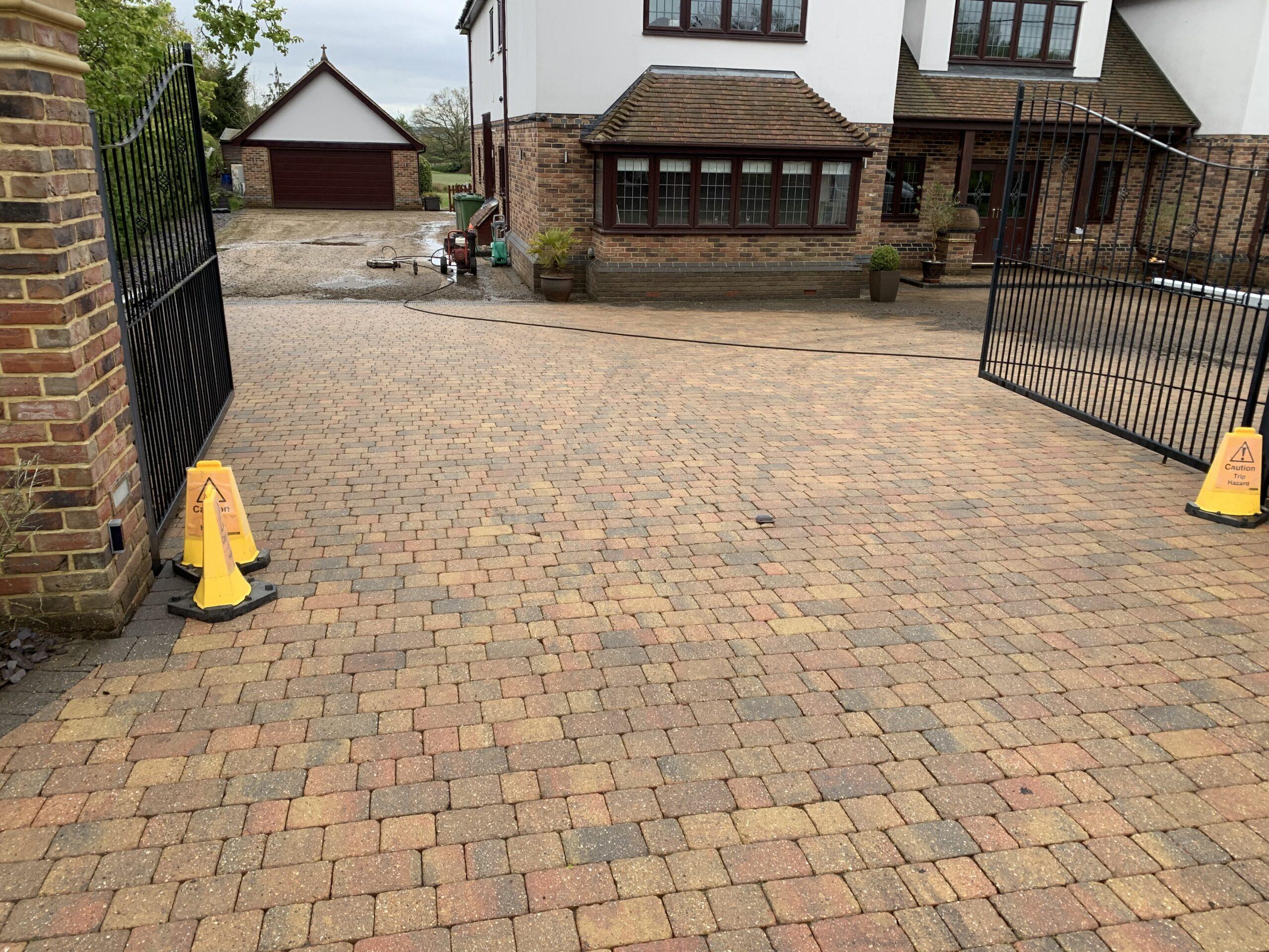 driveway cleaning basildon